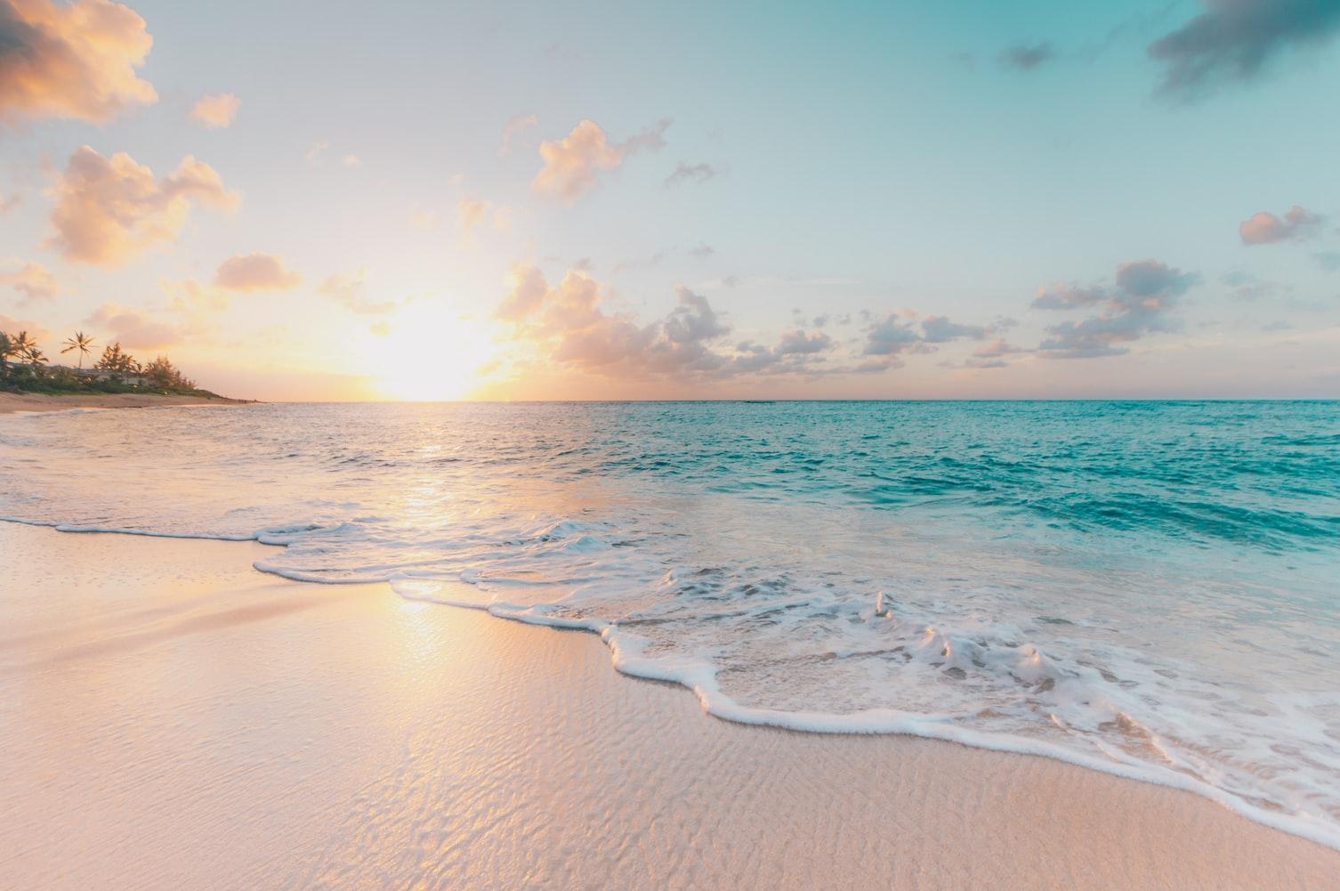 Plaża na wyspie Oahu, Hawaje.