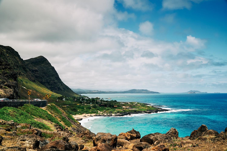 Wybrzeże i plaże na wyspie Oahu, Hawaje.